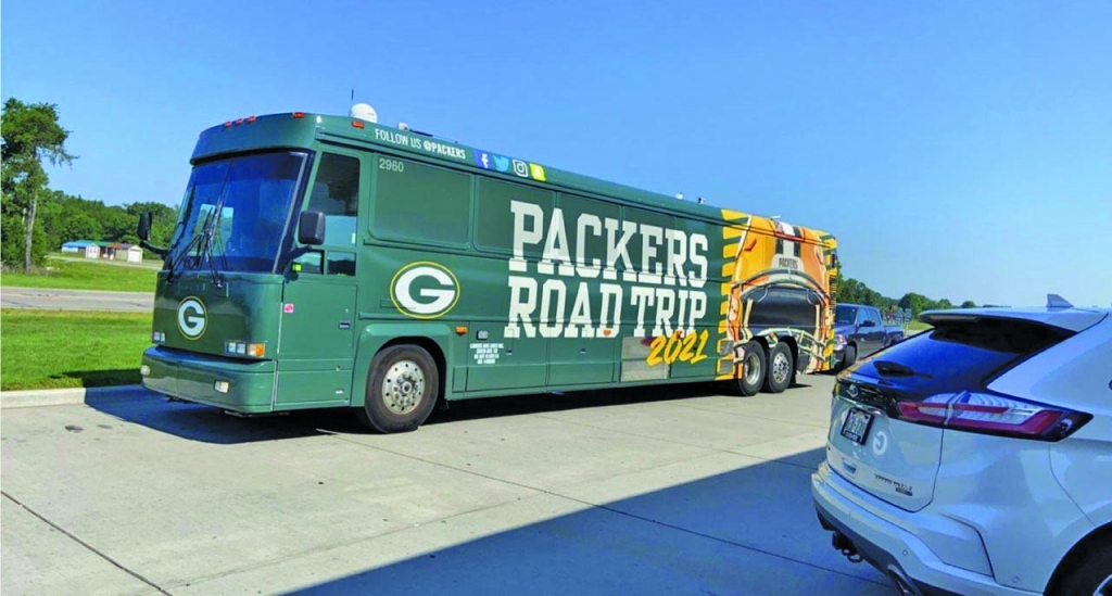 To help kick off football season and reunite fans with some of their favorite Packers alumni, the Packers announced that several members of the Super...